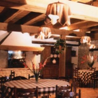 Fermes auberges p rigord noir vall e dordogne - Une place a table montalieu ...